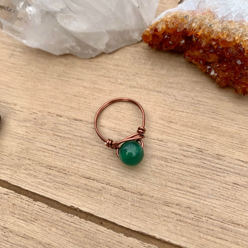 Green Crystal Jewelry Agate Jewelry Wire Wrapped Ring Green Agate Crystal Ring Crystal Rings Agate Wire Wrap Green Bead Ring