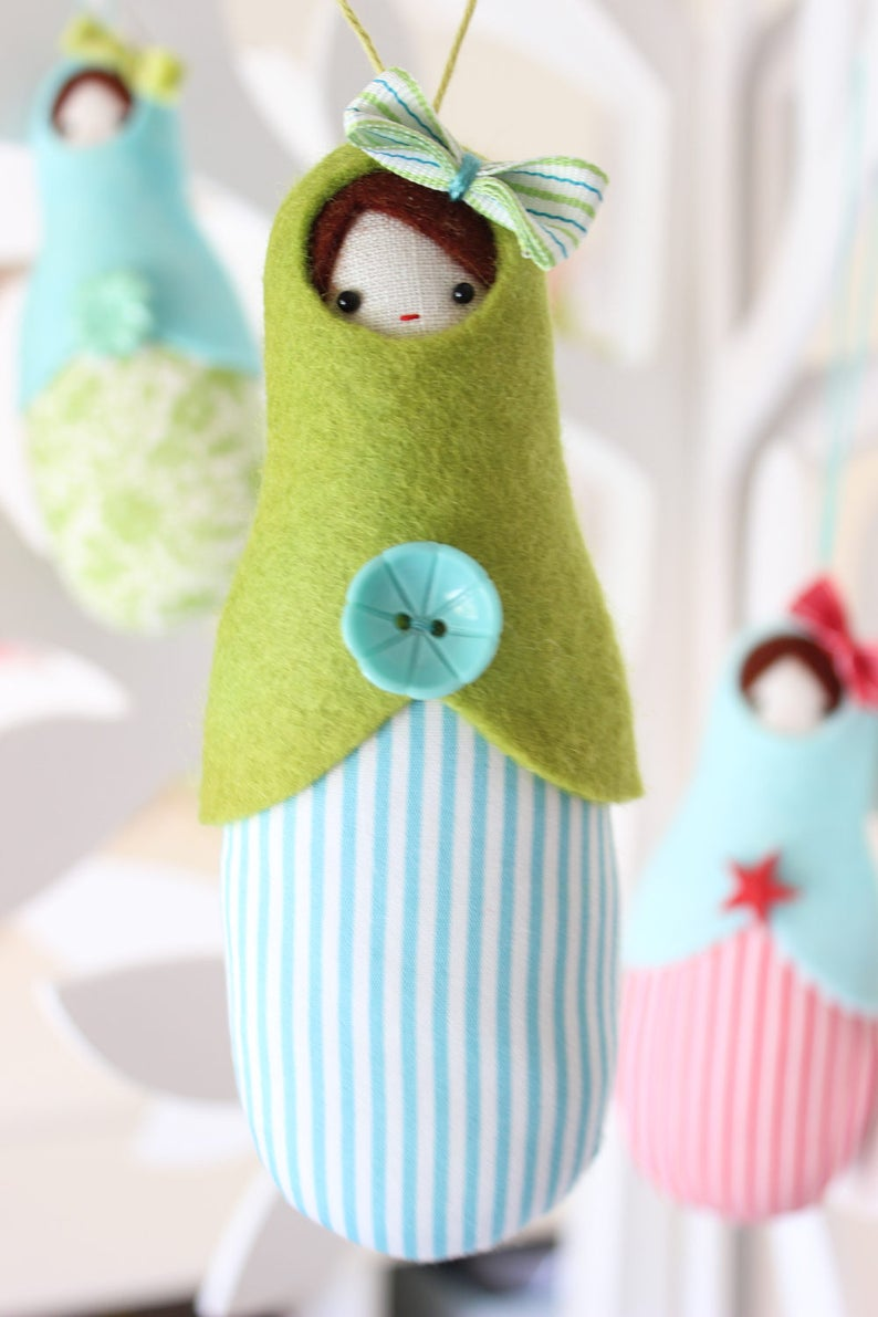 PDF Pattern  'Babushka Tree'  felt linen and fabric image 0