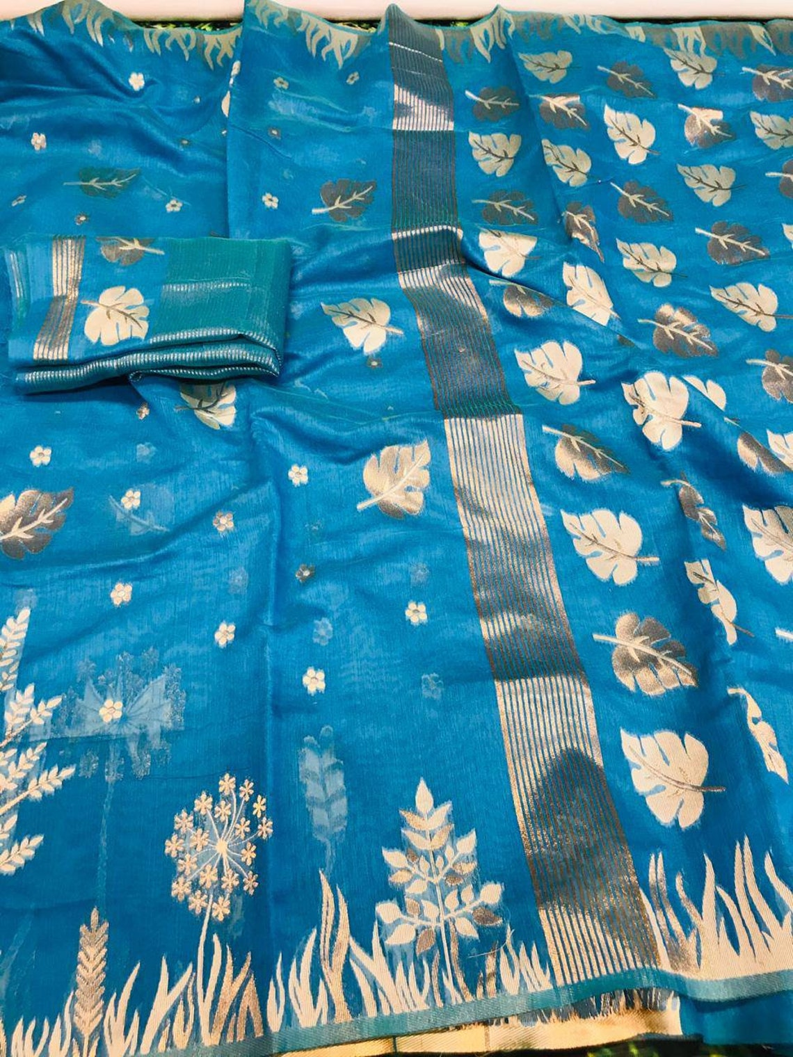 Linen cotton silk  ices eaving saree and blouse for women
