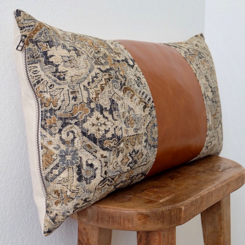 Medium LUCY Pillow Saddle Leather