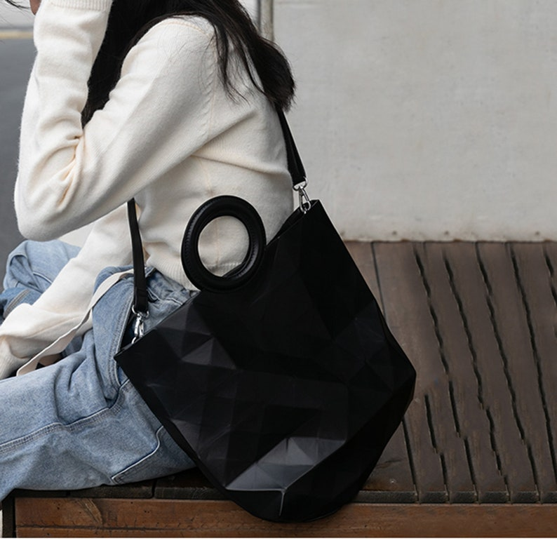 Handcrafted Diamond-shaped Personalized Leather Tote Bag Casual Shopping Shoulder Bag With Zipper Surprise Gift For Your Girlfriend