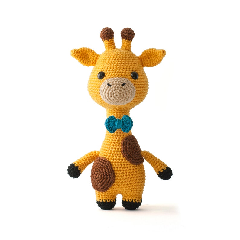 James the Giraffe Amigurumi Crochet toy pattern image 0