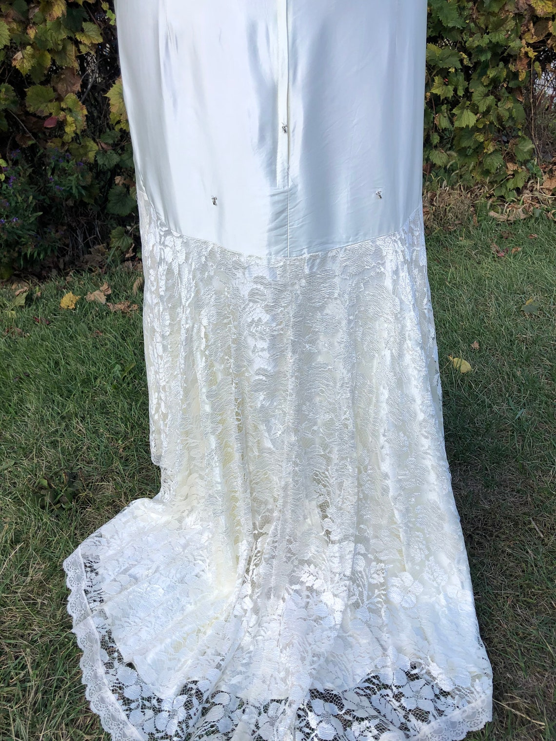 1930's Ivory style sheath dress Size 12