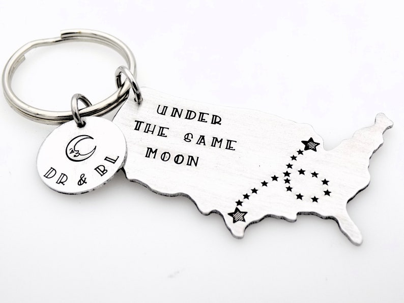 Long distance gift for girlfriend boyfriend couples anniversary going away gift for her or for him state usa keychain with custom tag gift